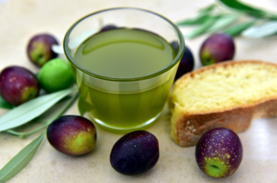 olive-oil-3803168_1920